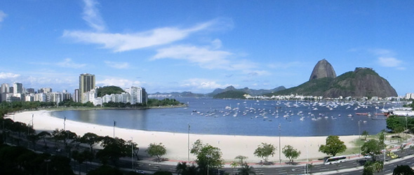 Río de Janeiro, Playa de Botafogo y Pão de Açúcar. Aprende portugués mientras descubres Río de Janeiro y Brasil con Rio & Learn Portuguese School
