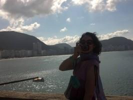 fotografando do forte de copacabana, rio de janeiro, brasil, learn Portuguese and discover Rio de Janeiro with RioLIVE! Activities by Rio&Learn Portuguese School.