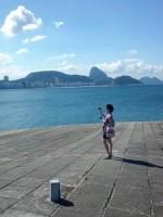 Alto do forte de Copacabana com vista para o pão de açúcar e o mar de copacabana, learn Portuguese and discover Rio de Janeiro with RioLIVE! Activities by Rio&Learn Portuguese School.