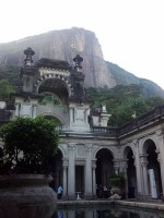 O Parque Lage. Learn Portuguese and discover Rio de Janeiro with RioLIVE! Activities by Rio&Learn Portuguese School.