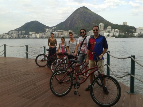 Lagoa by bike with Portuguese foreign students, at Rio de Janeiro.