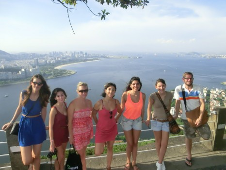 Portuguese Students visiting Pão de Açúcar and discovering the beautifuls views of Rio de Janeiro
