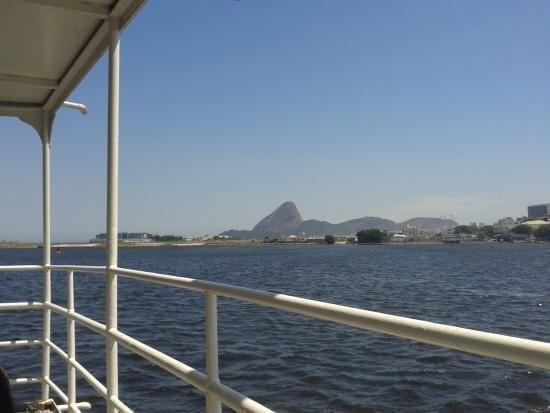 Viagens Baratas pelo Brasil. Uma ótima vista da Baía de Guanabara no Rio de Janeiro