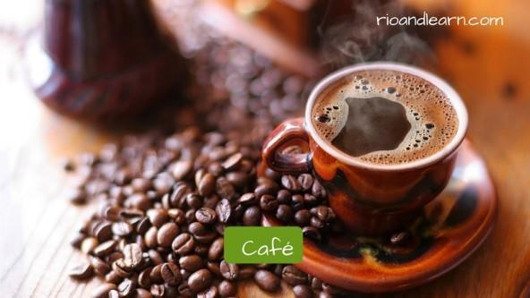 Productos más importantes en un desayuno brasileño: Café