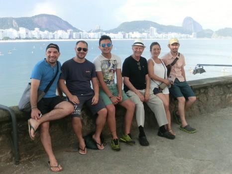 Estudantes estrangeiros no Forte de Copacabana.
