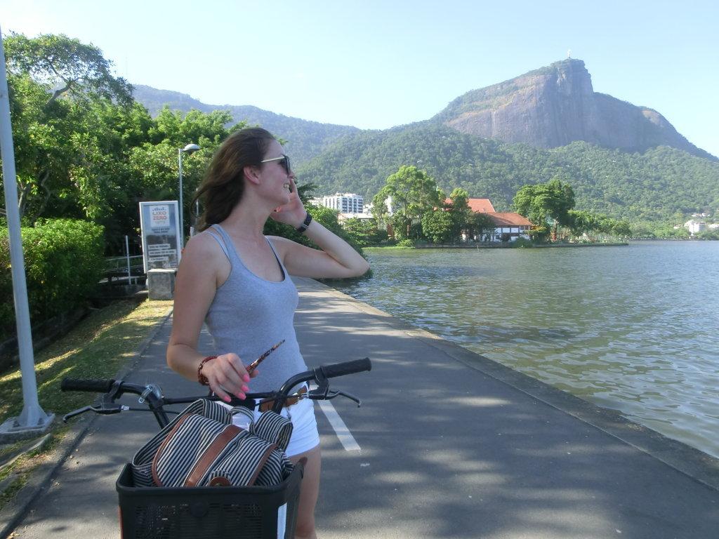 Passeio pela Lagoa. Learn Portuguese and discover Rio de Janeiro with RioLIVE! Activities by Rio & Learn Portuguese School.