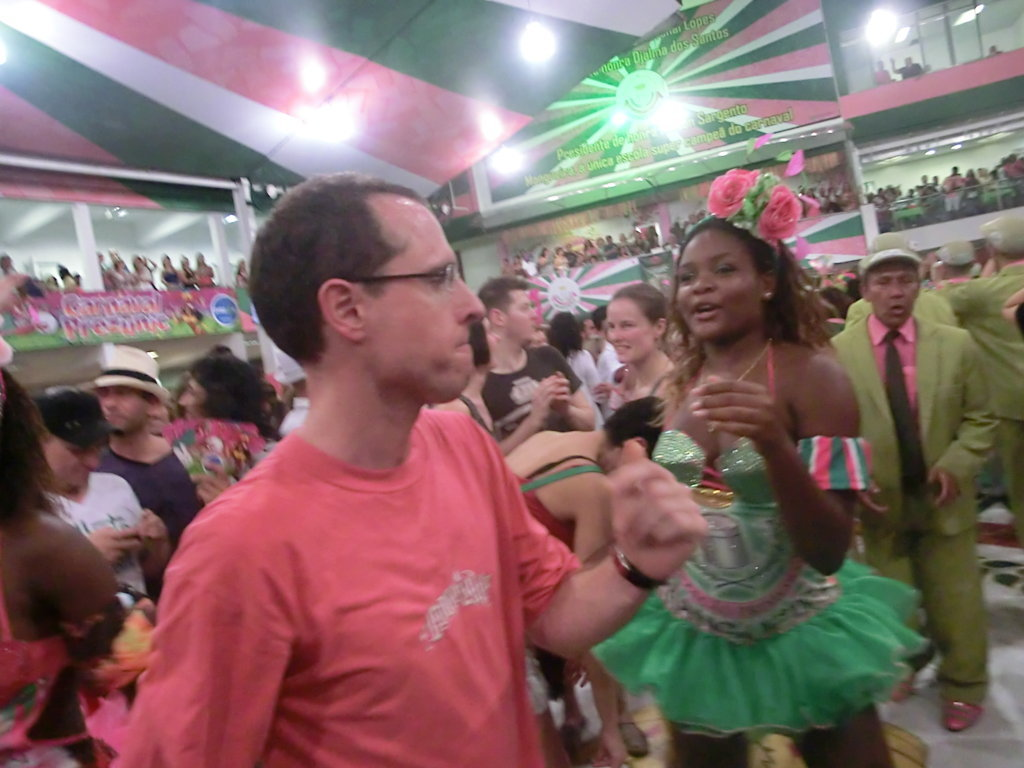 Portuguese language student from France dancing with a passista from Mangueira.