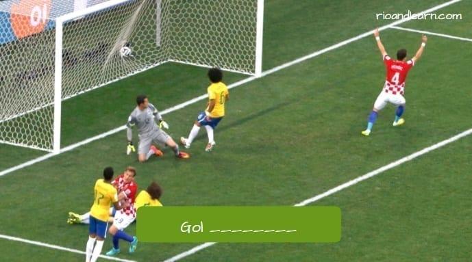 Gol en propia puerta en portugués.
