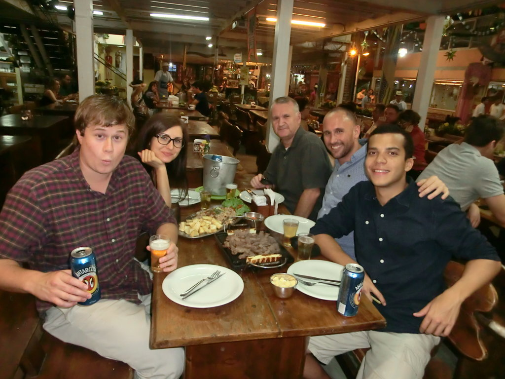 Feira Nordestina, foreigners having Northeastern Dinner