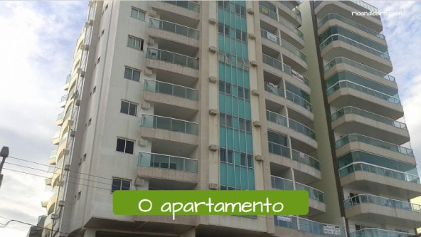 Typical houses in Brazilian cities. The apartment: O apartamento.