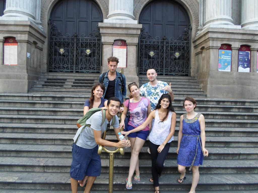 Portuguese students at Teatro Municipal - Rio