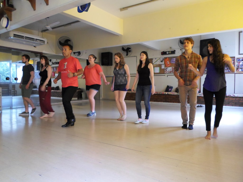 Samba basics. Our students dancing the first samba steps
