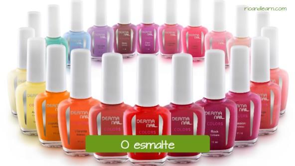 Exemplos de itens em um salão de beleza em português: O esmalte.