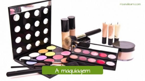 Objetos que encontramos em um salão de beleza: A maquiagem.