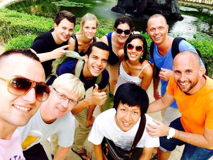 Selfies at the Botanical Garden with foreign students of Portuguese language