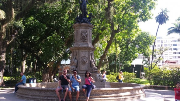 Portuguese students at Parque do Catete