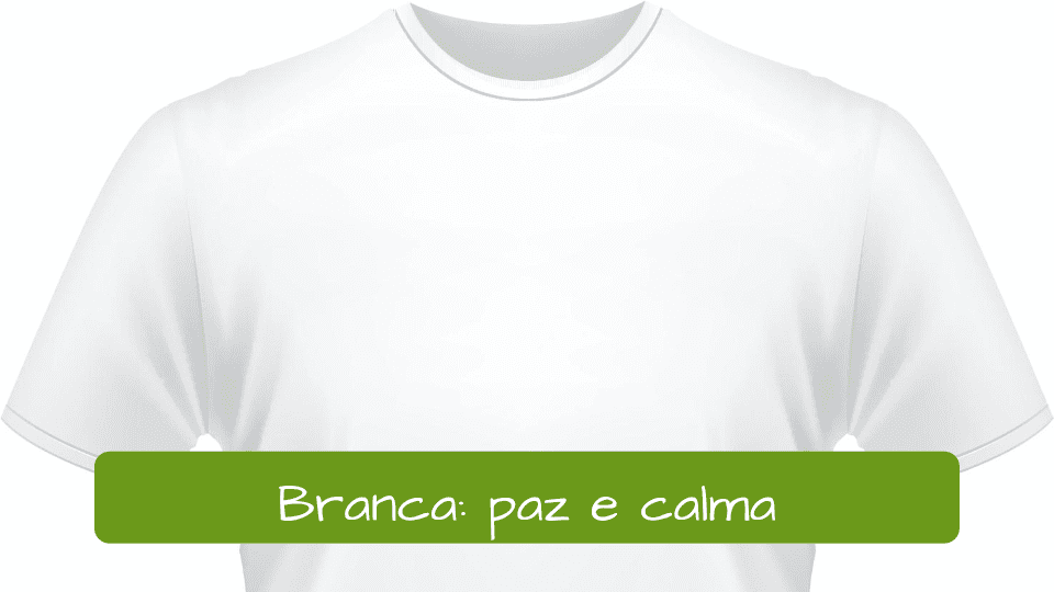 Significado de los colores de año nuevo en Brasil: Camisa branca representa paz e calma.