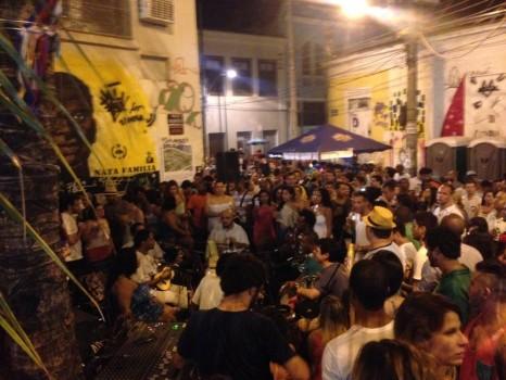 The crowded Pedra do Sal