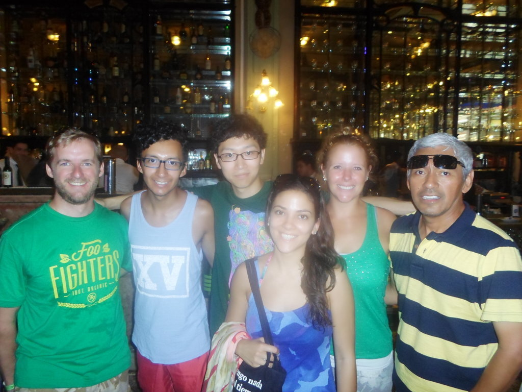 Portuguese students visiting Confeitaria Colombo