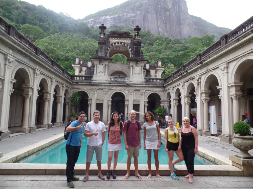 Architecture, Arts and Nature in Parque Lage