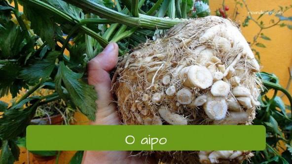 El apio en portugués: aipo