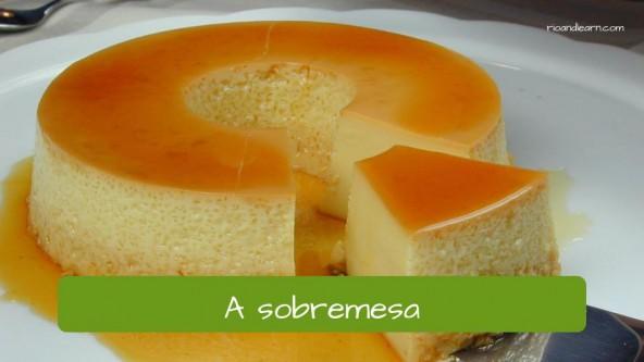 A sobremesa (dessert) em Português.