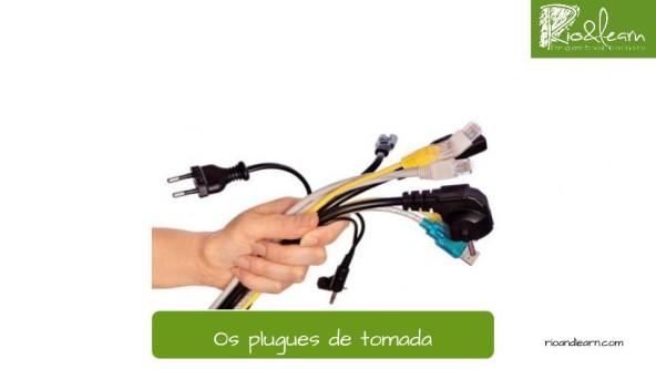Plugs in Brazil. Plug in Portuguese: Plugues de tomada.