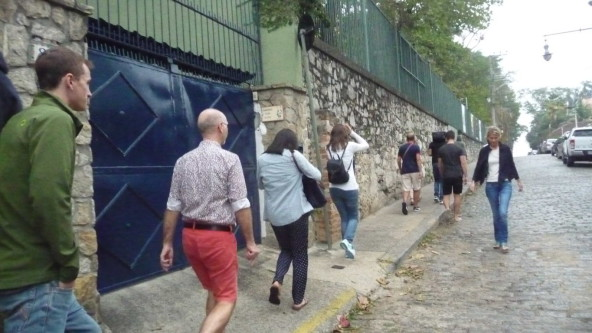 Portuguese students walking at Santa Teresa.