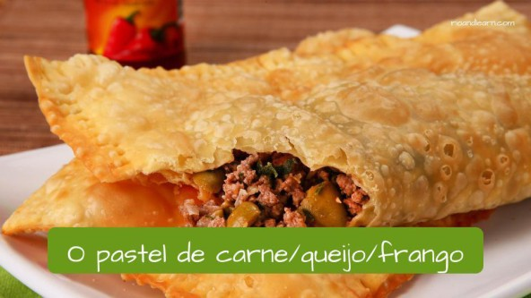 Different kinds of snacks in Brazil: o pastel de carne/queijo/frango.