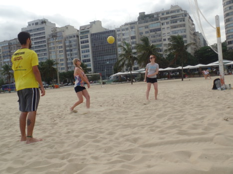 Portuguese students palying volley.