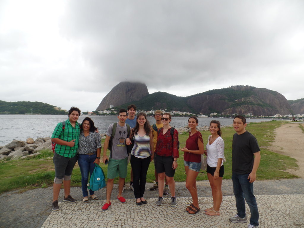 Knowing and exploring Botafogo.