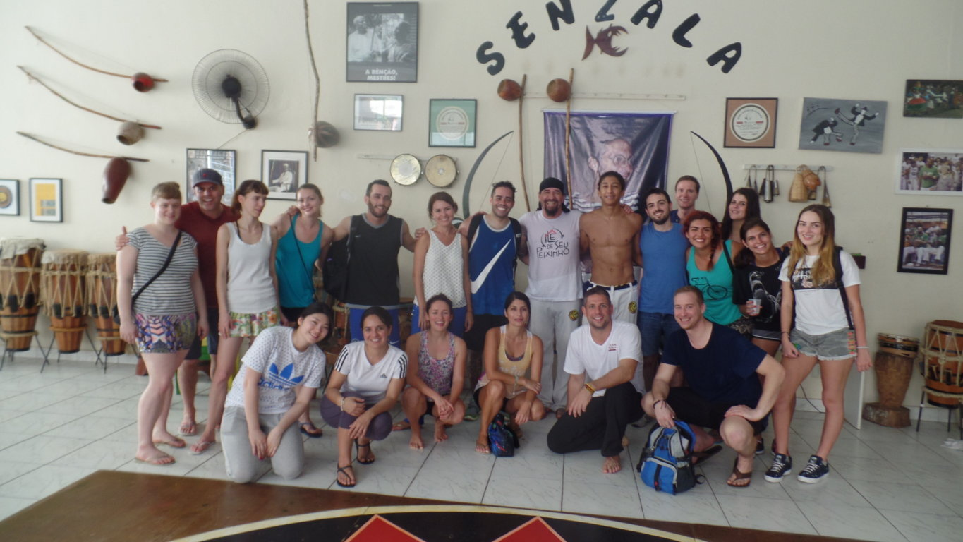 Portuguese students and Capoeira in Leme.