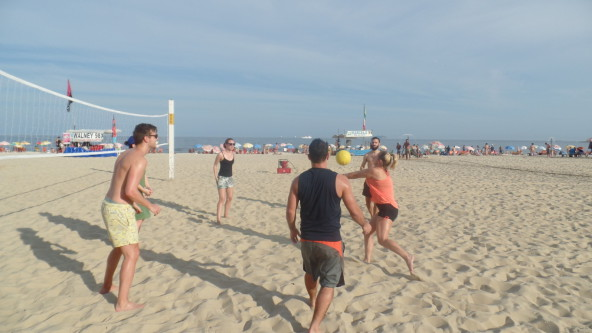 Playing volley.
