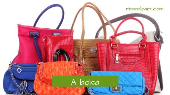 Acessório para mulheres: A bolsa. Bolsas femininas de cores variadas. Bolsas nas cores azul, vermelha, laranja, marrom e couro branco.