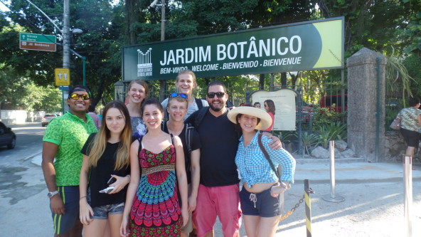 Portugue language Studentes at Botanical garden