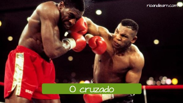 Vocabulary of boxing moviments in Portuguese. O cruzado: the hook.