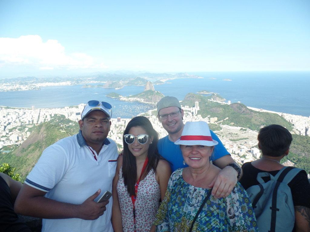 SAM_5040 Rio & Learn