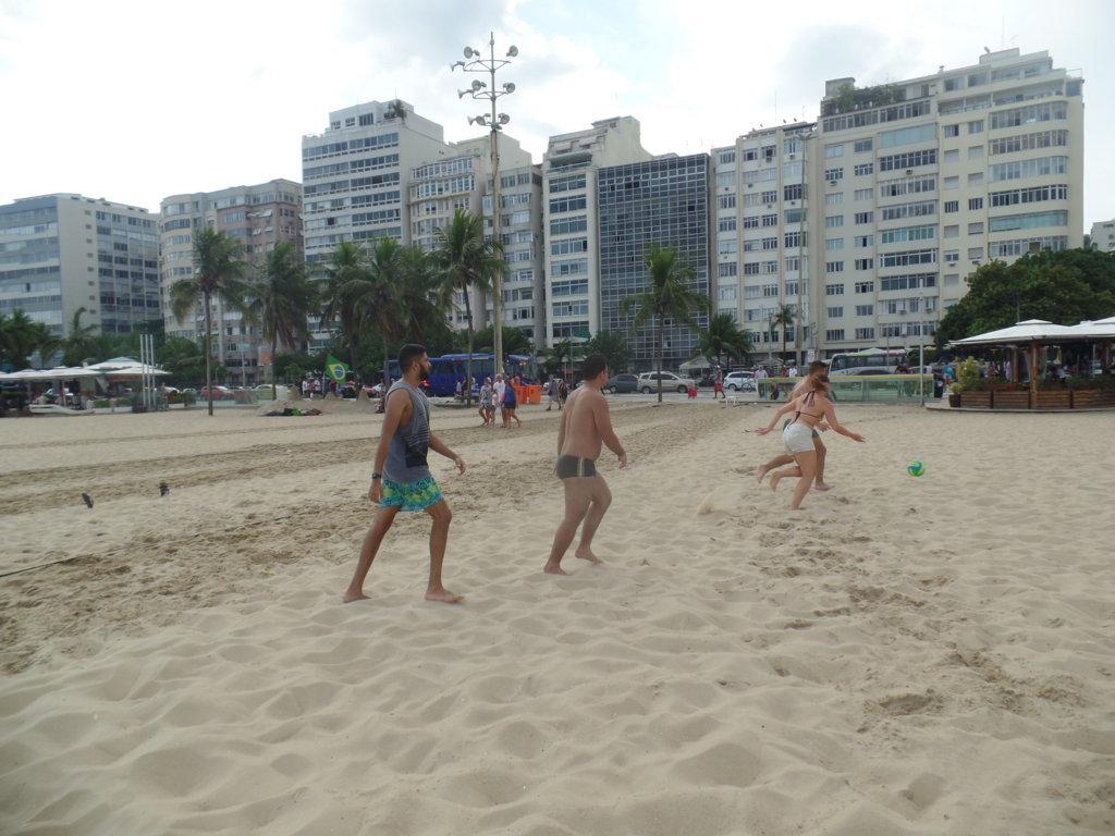 SAM_5075 Rio & Learn