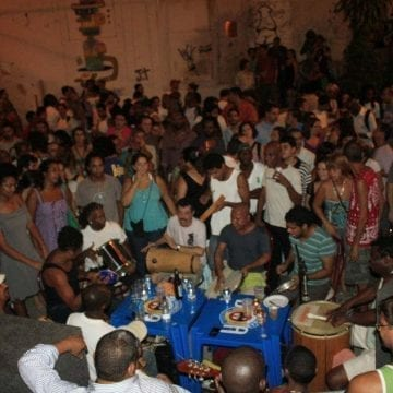 Samba at Pedra do Sal.