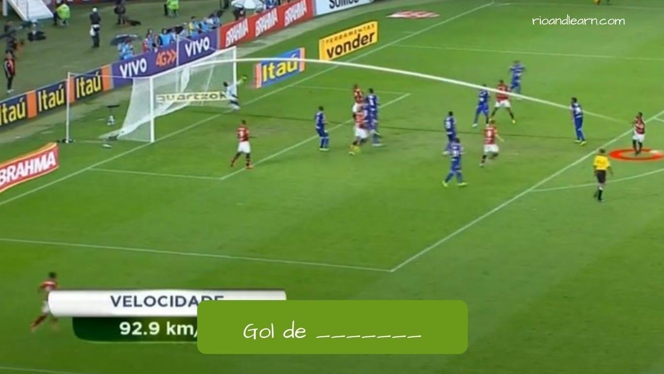 Gol por la esquadra en portugués.