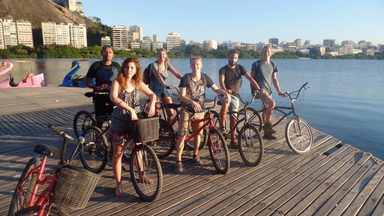 Rodrigo de Freitas Lagoon. Cycling, fun and Portuguese in Rio de Janeiro