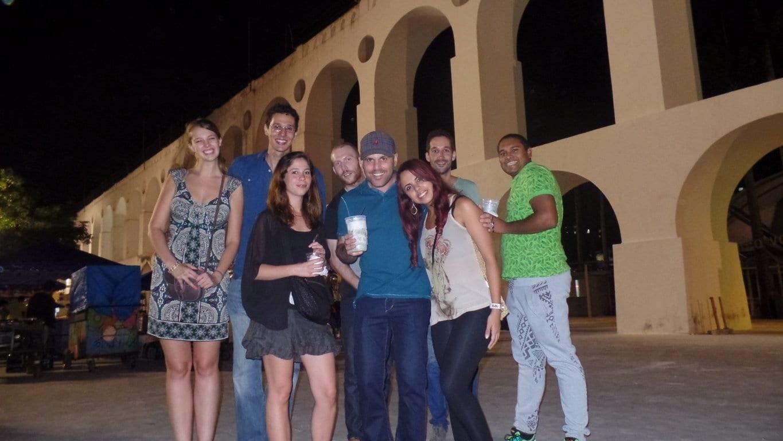 Estudantes de Português nos Arcos da Lapa.