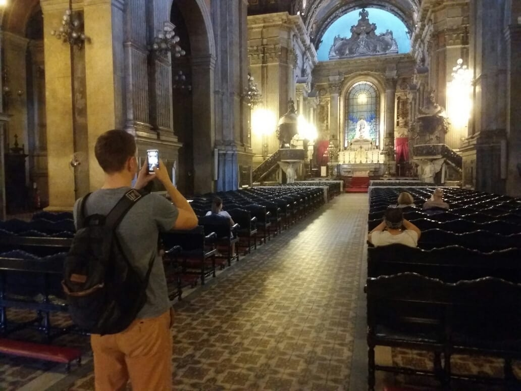 Inside Candelária church.