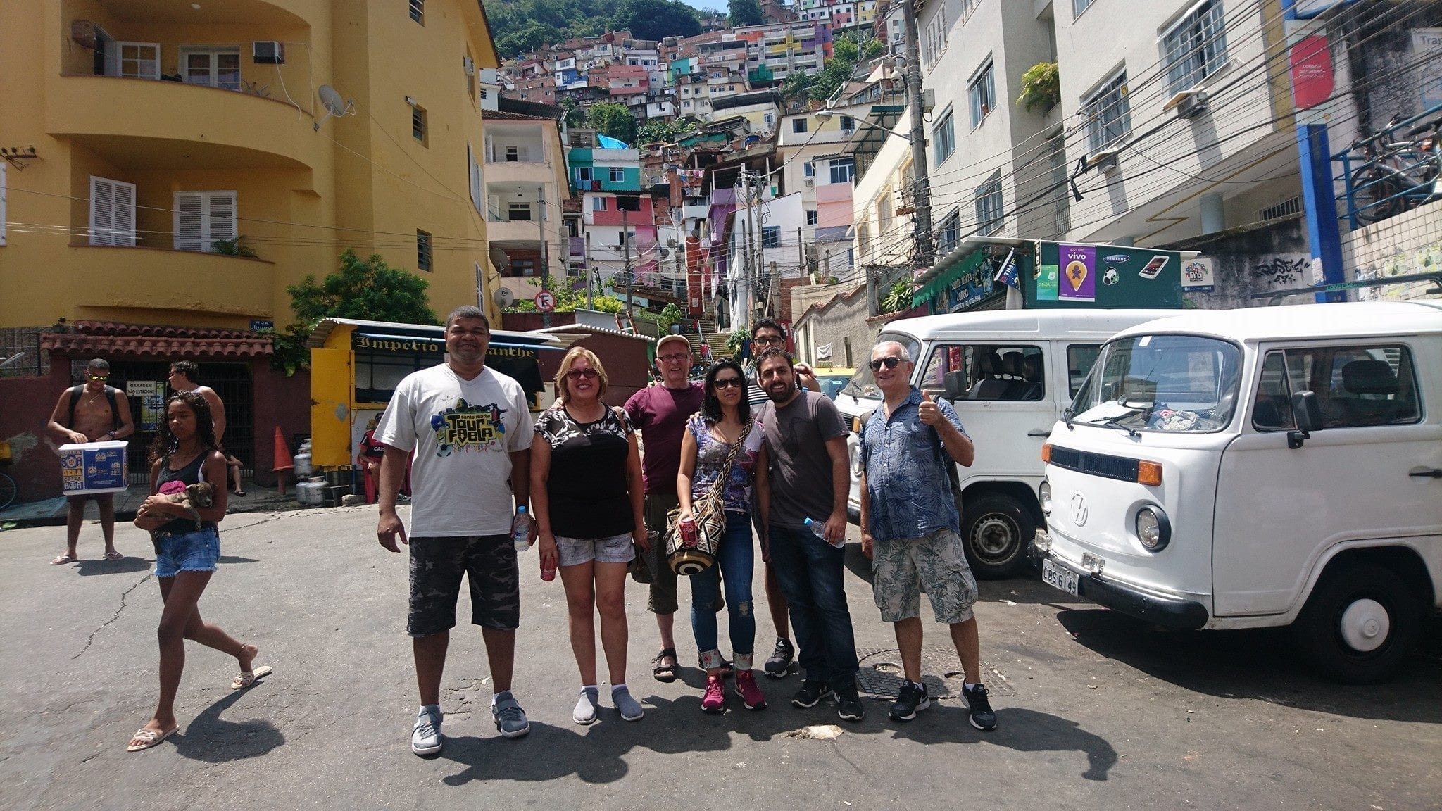 Favela Santa Marta like a local