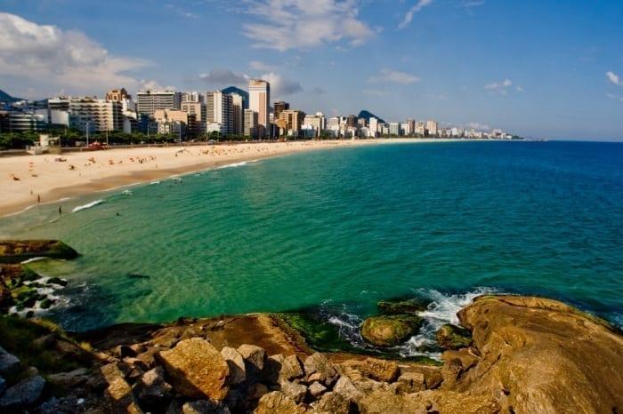 Vista de la Playa de Leblon, una de las mejores playas de Río de Janeiro.