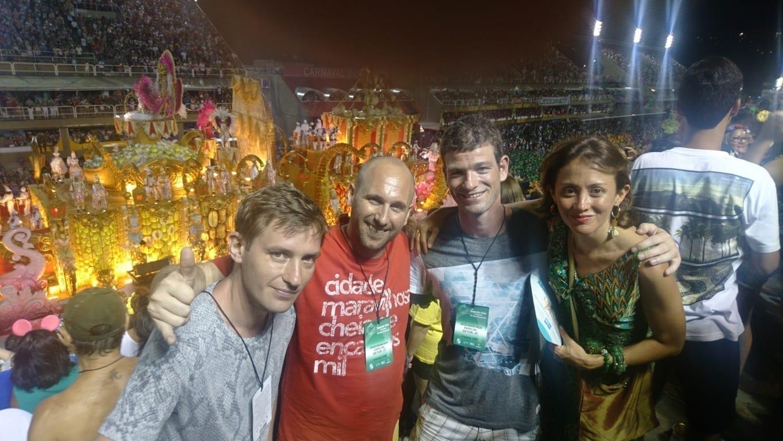 Estudiantes de la Rio & Learn en el Sambódromo.