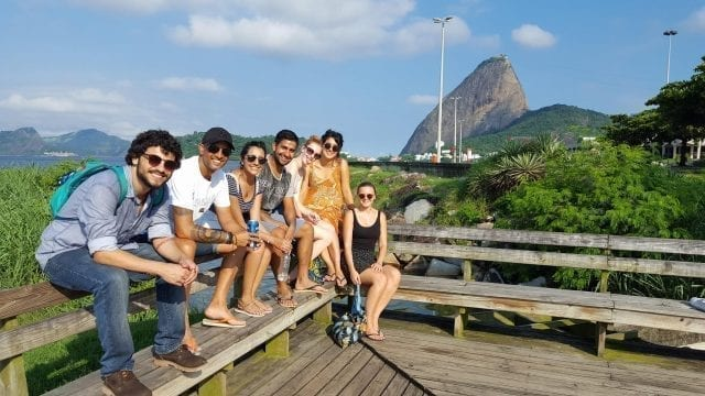Relaxing walk by the shore. Visiting Botafogo cove and practicing portuguese