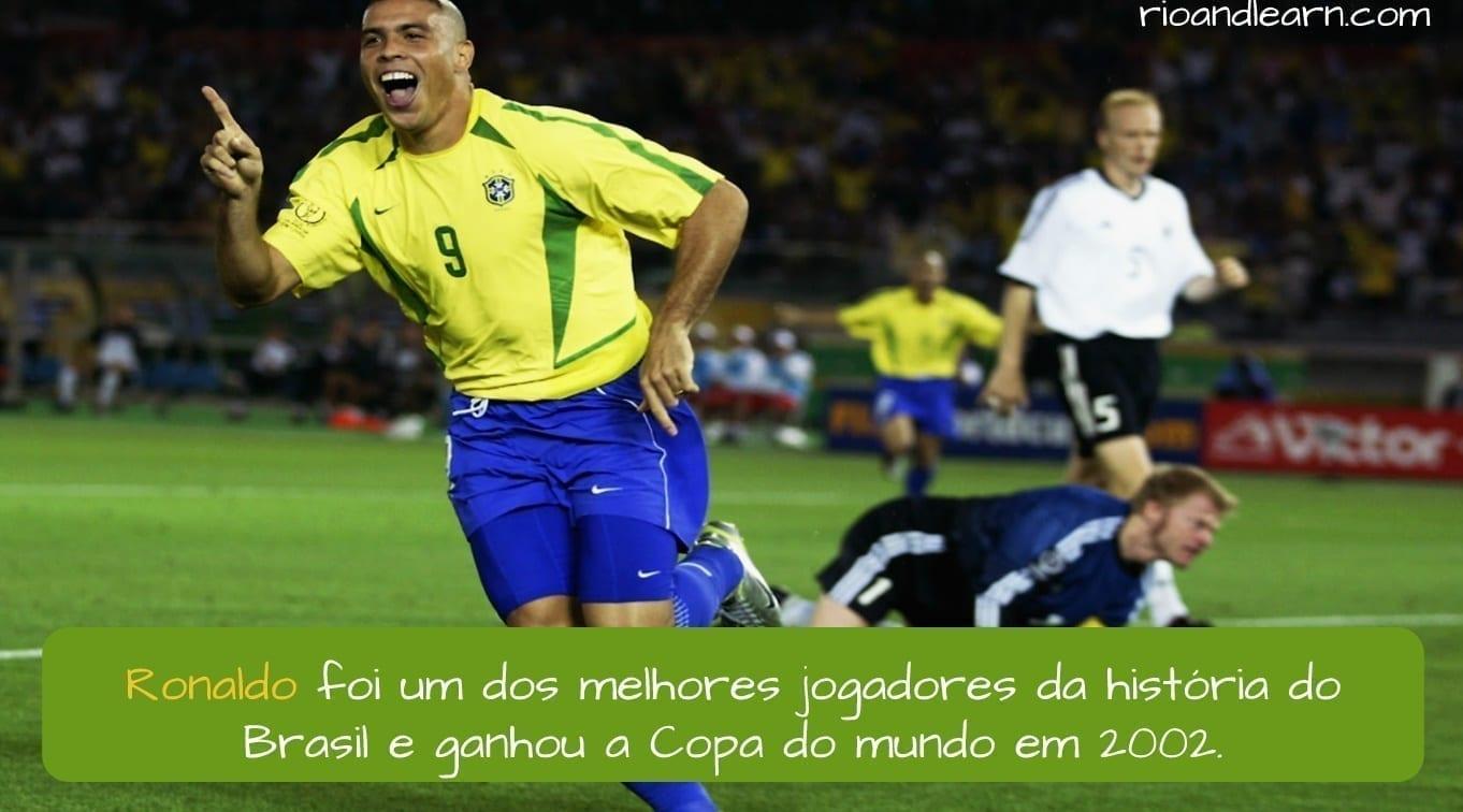 Brazilian Footballer Ronaldo. Ronaldo foi um dos melhores jogadores da história do Brasil e ganhou a Copa do mundo em 2002.