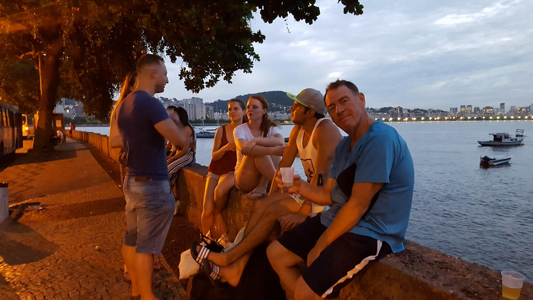 We finished our RioLIVE! having some beer at the famous Urca wall.
