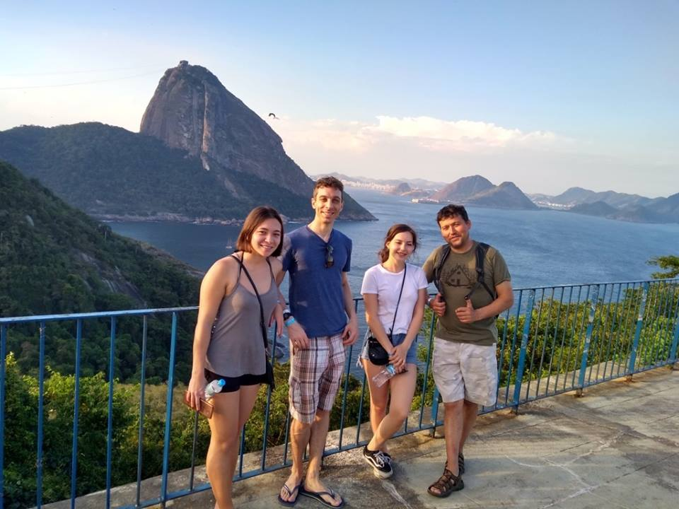 Micos, View and Portuguese. Foreigners visting Forte do Leme.